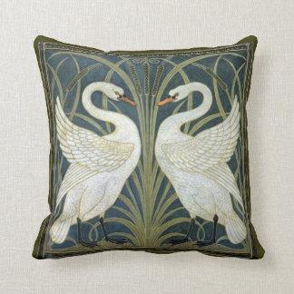 ウォルタークレーン白鳥のビクトリア時代の人の枕 クッション
