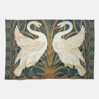 ウォルタークレーン白鳥、突進およびアイリスアールヌーボー キッチンタオル