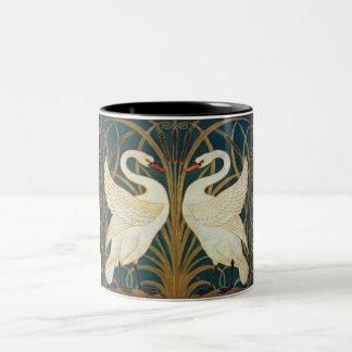 ウォルタークレーン白鳥、突進およびアイリスアールヌーボー ツートーンマグカップ