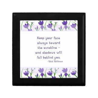 ウォルト・ホイットマンの引用の春のクロッカスの花 ギフトボックス