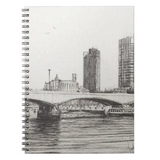 ウォータールー橋ロンドン。 31/10/2006 ノートブック