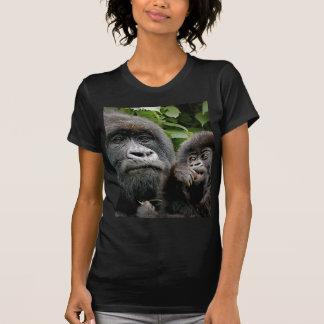 ウガンダのゴリラ Tシャツ