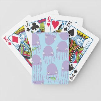 ウクレレを遊んでいるカードくらげを遊ぶこと バイスクルトランプ