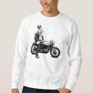 ウサギのバイクもしくは自転車に乗る人 スウェットシャツ