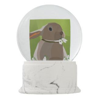 ウサギの食べ物のsnowdrops スノーグローブ