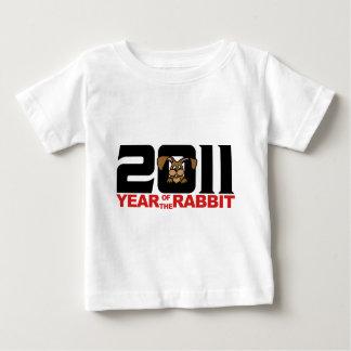 ウサギのTシャツの2011人の中国人年 ベビーTシャツ