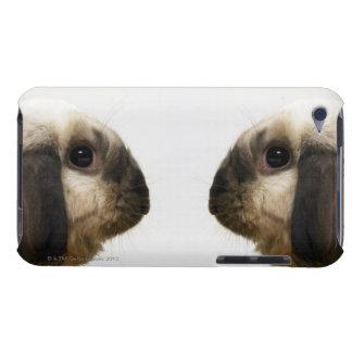 ウサギを見るウサギ Case-Mate iPod TOUCH ケース