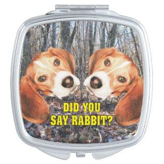 ウサギを言いましたか。 ビーグル犬の森林