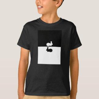 ウサギ Tシャツ