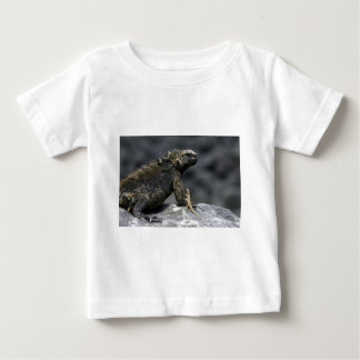ウミイグアナおよび溶岩のトカゲガラパゴス ベビーTシャツ