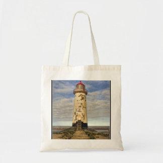 エアの灯台ウェールズのポイント トートバッグ