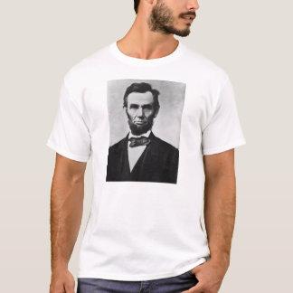 エイブラハム・リンカーンのポートレートのTシャツ Tシャツ