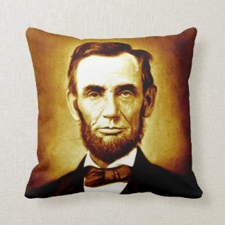 エイブラハム・リンカーン大統領のヴィンテージのポートレートのセピア色 クッション