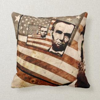 エイブラハム・リンカーン大統領の愛国心が強い旗 クッション