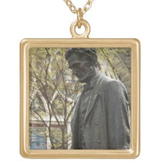 エイブラハム・リンカーン、ポートランド、オレゴンの彫像 ゴールドプレートネックレス