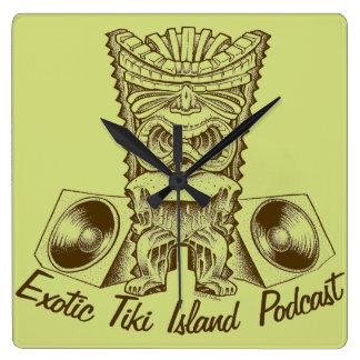 エキゾチックなTikiの島のポッドキャストの時計 スクエア壁時計