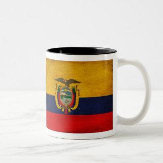 エクアドルの旗 ツートーンマグカップ