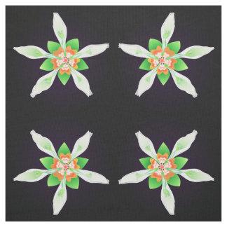 エクアドル-黒のNASAのaequatorianaからの花柄 ファブリック