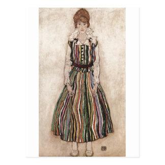 エゴンSchiele -ストライプのな服1915年のイーディスSchiele ポストカード