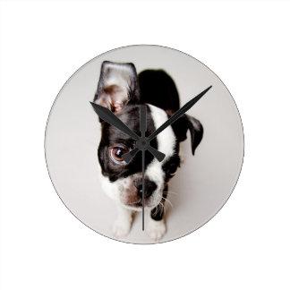 エジソンボストンテリアの子犬 ラウンド壁時計