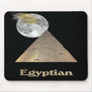 エジプトのピラミッドのTシャツおよび多く マウスパッド