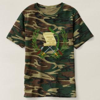 エスクードde armas deグアテマラ-紋章付き外衣 tシャツ
