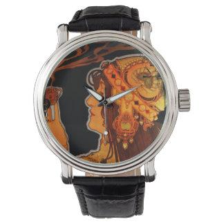 エスプレッソを持つアールヌーボーの女性 腕時計