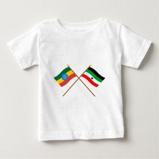 エチオピアおよびGambellaによって交差させる旗 ベビーTシャツ