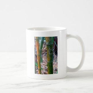 エッチングされたタケ コーヒーマグカップ
