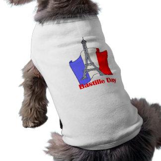 エッフェル塔およびフランス人の旗のパリ祭のティー ペット服
