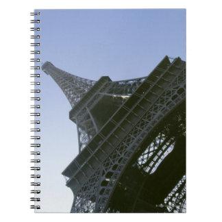 エッフェル塔の下 ノートブック