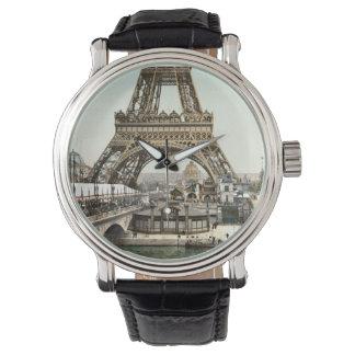 エッフェル塔の基盤 腕時計