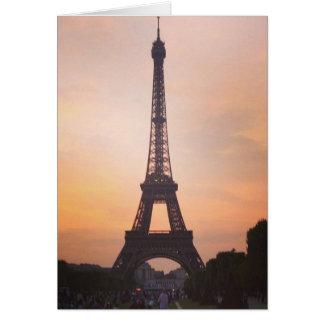 エッフェル塔、日没の(空白のな)挨拶のパリ カード