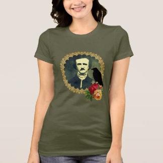 エドガー・アラン・ポーはバラと組み立てました Tシャツ