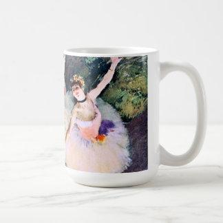 エドガー・ドガ著花の花束を持つダンサー コーヒーマグカップ