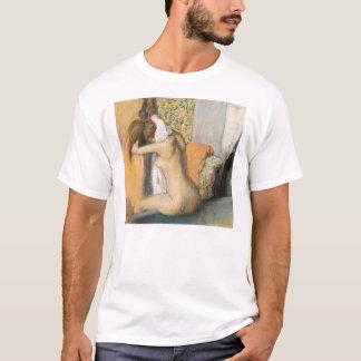 エドガー・ドガBathの後の|、女性の乾燥の首 Tシャツ