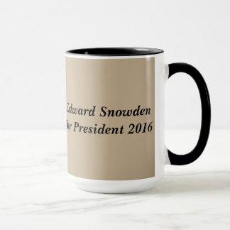 エドワードSnowden 2016年 マグカップ