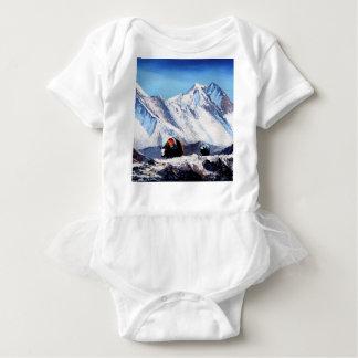 エベレスト山のベースキャンプ区域の全景 ベビーボディスーツ