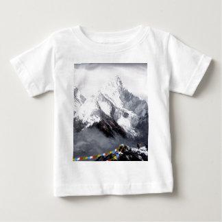 エベレスト山の全景 ベビーTシャツ