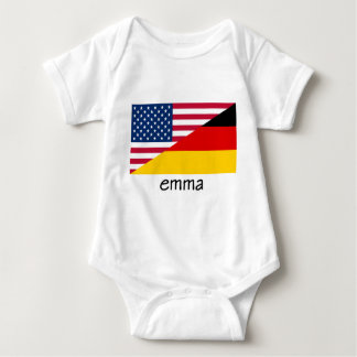 エマのドイツアメリカの旗 ベビーボディスーツ
