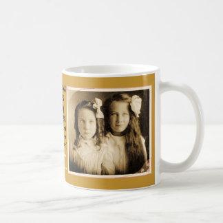 エマばら色のHODGES (クウィン)のマグ コーヒーマグカップ