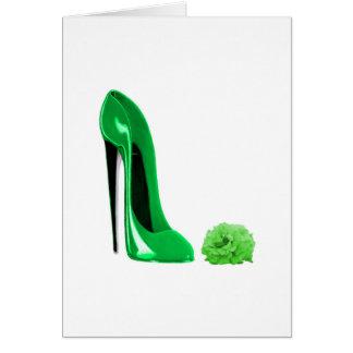 エメラルドグリーンの小剣の靴は上がり、 カード