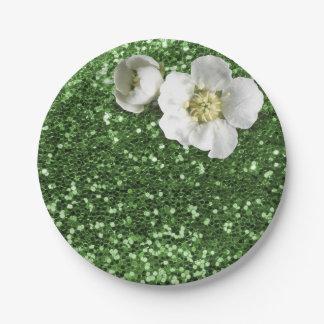 エメラルドグリーンの緑の草木の白いジャスミンのグリッター ペーパープレート