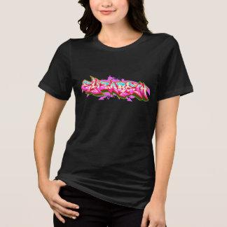 エリザベスStreetwearの落書きバーナー Tシャツ