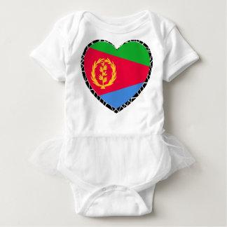 エリトリアのハートの旗 ベビーボディスーツ