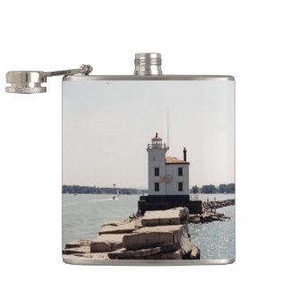 エリー湖の灯台 フラスク