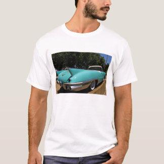 エルヴィス・プレスリーの緑のキャデラックのコンバーチブル Tシャツ