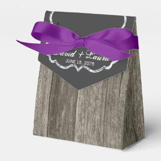 エレガントで素朴な木製の黒板の結婚式 フェイバーボックス