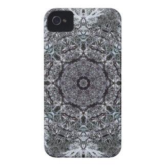 エレガントで装飾的なパターン Case-Mate iPhone 4 ケース