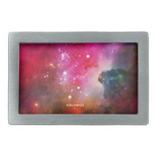 エレガントで赤く青い水彩画の星雲のアクエリアス 長方形ベルトバックル